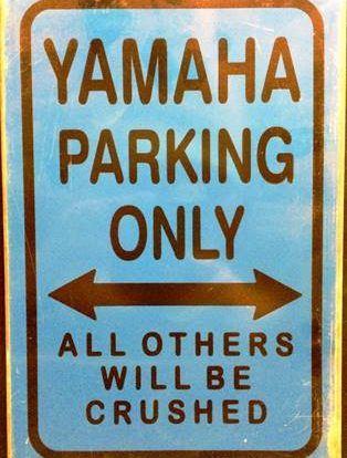 YAMAHA PARKING RUSTY TIN SIGN